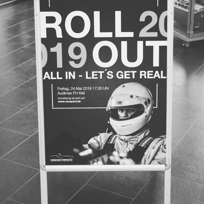 Glückwünsche an @raceyard für den neuen T-Kiel A 19 E ! Super Teamleistung, tolles Rollout-Event – geiler Rennwagen. Wir wünschen euch viel Erfolg bei den FS-Events am Hockenheimring, in Barcelona, in Österreich und Ungarn. Wir freuen uns über die Patenschaft für eine Akku-Zelle! #raceyard #rollout #rollout2019 #formulastudent #formulastudentgermany #fhkiel