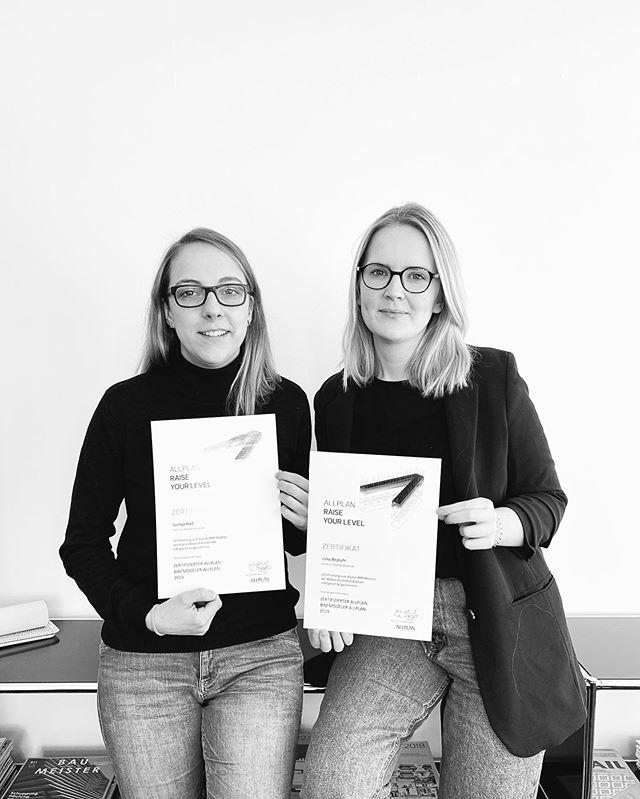 #raiseyourlevel! Sie haben es geschafft. Bei uns im Büro sitzen jetzt zwei zertifizierte BIM Modeler. Herzlichen Glückwunsch, Julia Bejeuhr und Svenja Haß.