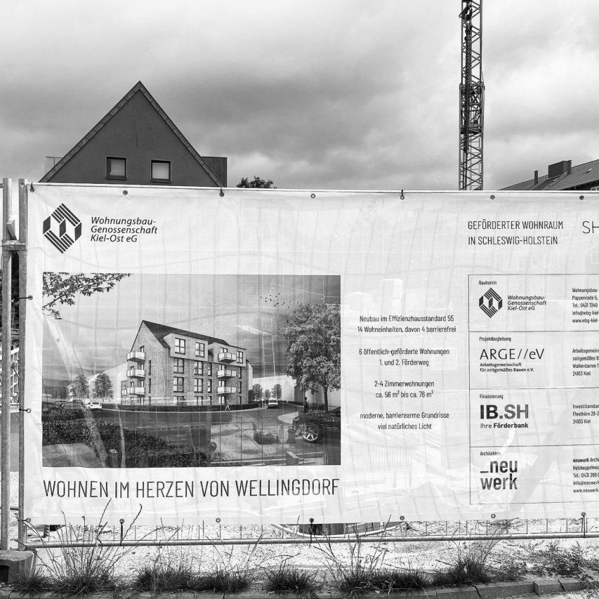 Wohnen im #Herzen von Wellingdorf. Jetzt hängt das #bauzaunbanner in der Nissenstraße.